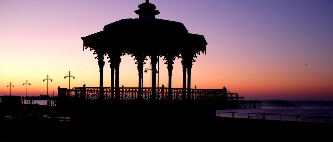 Sunrise, Hove bandstand